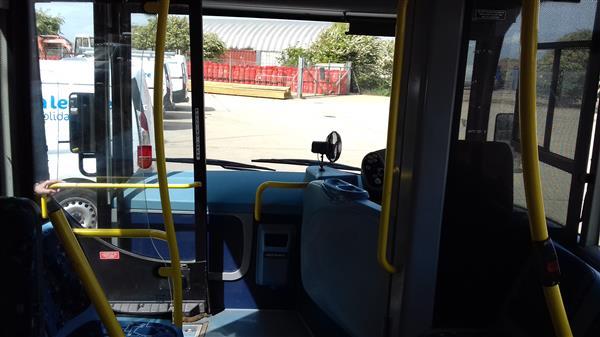 vehicle details  plaxton primo dda spec bus